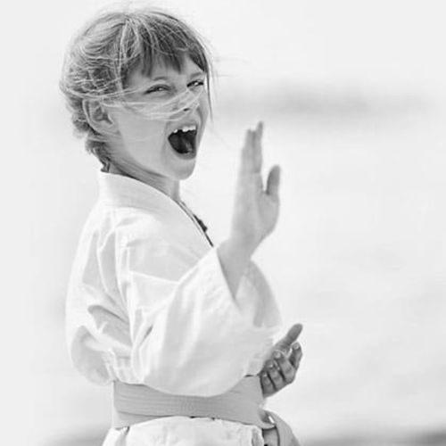 Karate-Girl-home4-1_rjzgaj
